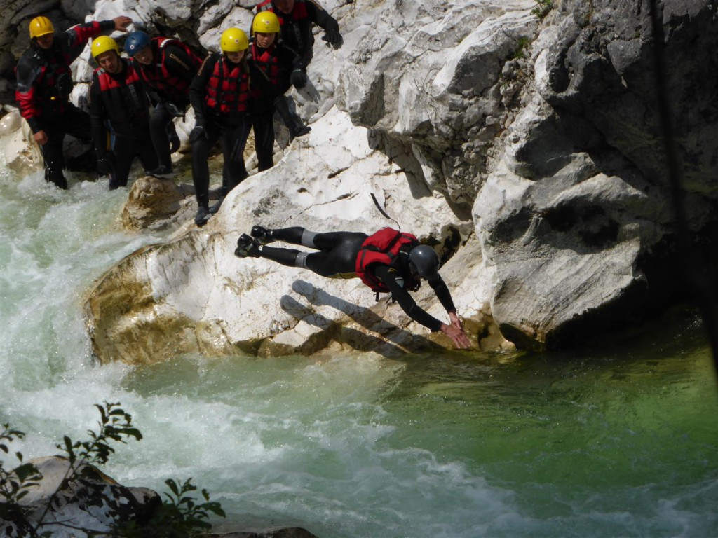 Wildwasserschwimmen            mit Sport Ossi