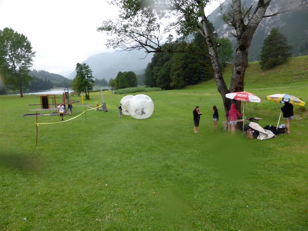 (7) 2014 Laufball Zorbing Sport Ossi