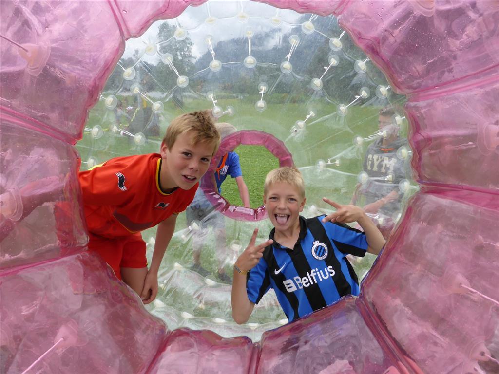 (8) 2014 Laufball Zorbing Sport Ossi